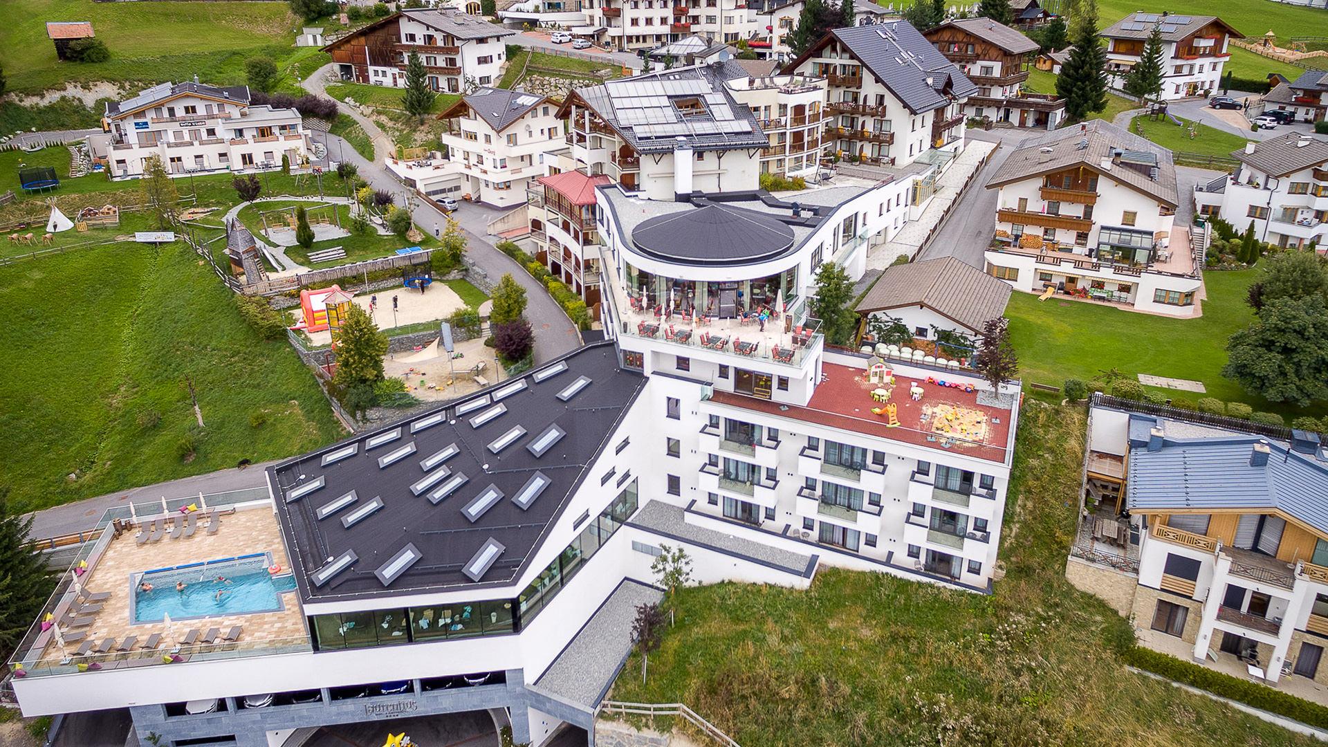 Kinderhotel-Laurentius-Aussenansicht.jpg